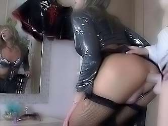 Rita&Donald strapon sissysex action