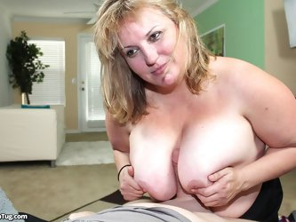 Jessica get huge load of cum on her tits
