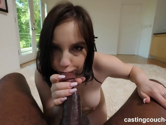 Kinky hottie Luna wants to suck a big black dick in POV